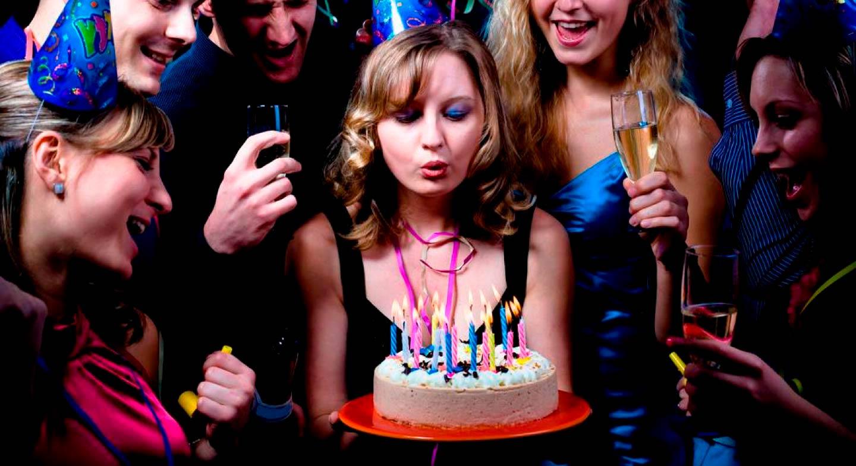 Трахнули в день рождение, На день рождения русскую девушку задорно выебли во 26 фотография